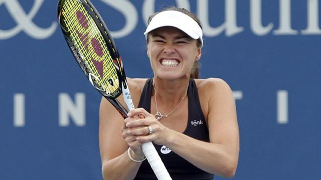 US Open - Hingis serves up double disappointment on return