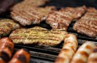 Beer - the darker the better - may reduce carcinogens in grilled meats