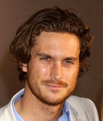 Premiere: Oliver Hudson at the Hollywood premiere of Touchstone Pictures' Raising Helen - 5/26/2004