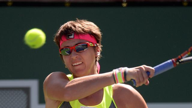 Tennis - Shvedova sets up Miami clash with Serena