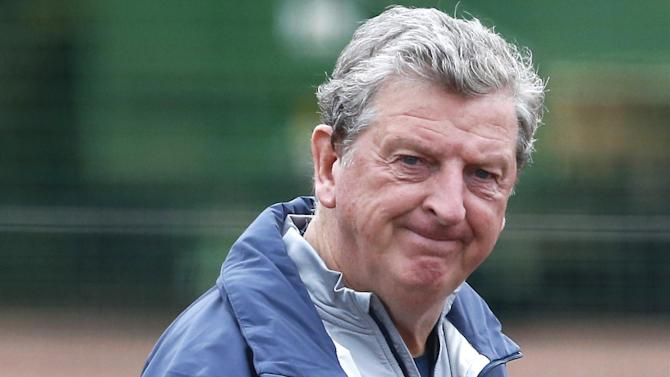 Euro 2016 - Hodgson not waiting for call from Rodgers over Sturridge