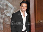 BHAJATHE RAHO reminds Tusshar Kapoor of debut film with Kareena