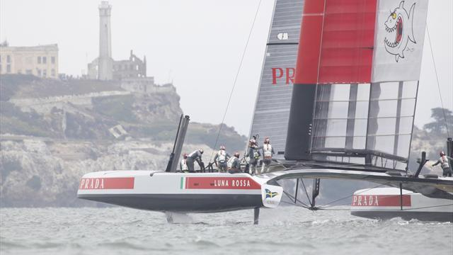 Sailing - Luna Rossa beats Artemis on forfeit at Louis Vuitton Cup