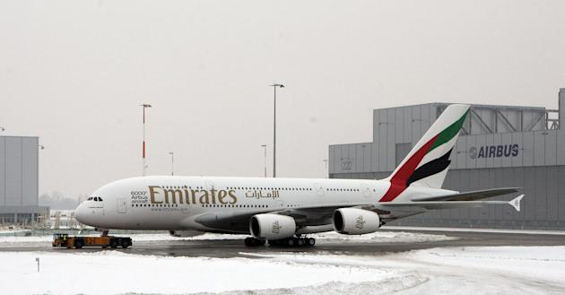 HAMBURG, GERMANY - JANUARY 18: A General view of the Airbus A380 before the HSV team hands over the A380 to the Emirates airline on January 18, 2010 in Hamburg, Germany.The world's largest passenger liner, built by the European aircraft manufacturer Airbus, is delivered to the Fly Emirates airline. (Photo by Krafft Angerer/Getty Images)