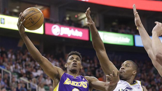 Young scores 41 to lead Lakers past Jazz, 119-104