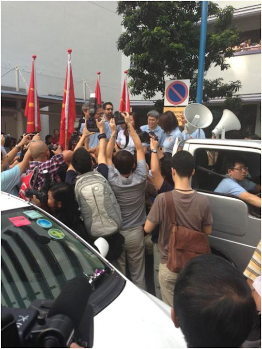 WP's Lee Li Lian and MPs set off for their thank you parade.
