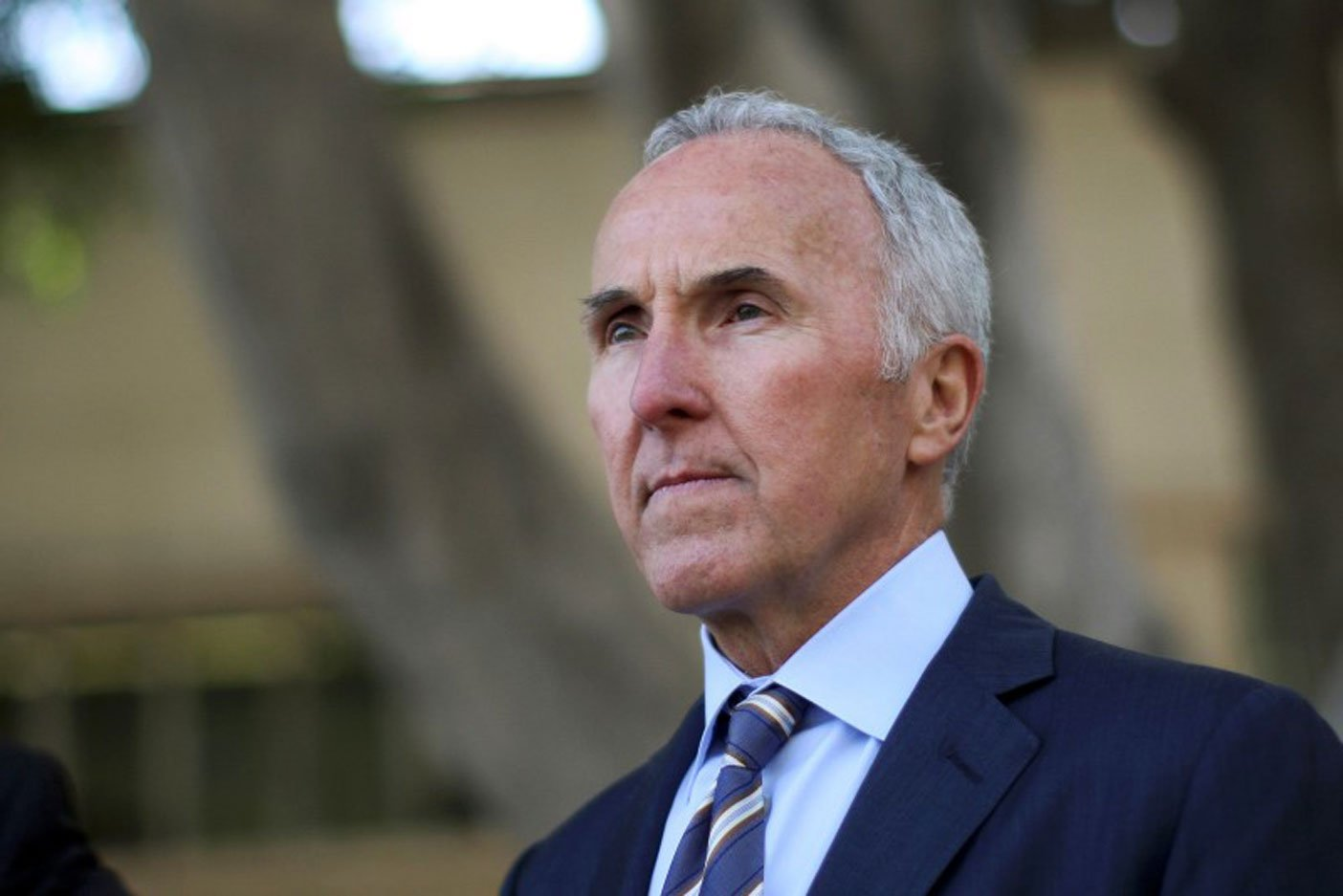 Awful former Dodgers owner Frank McCourt buys French megaclub Olympique de Marseille - Yahoo ...