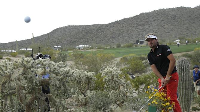 Day survives the magic of Dubuisson in Match Play