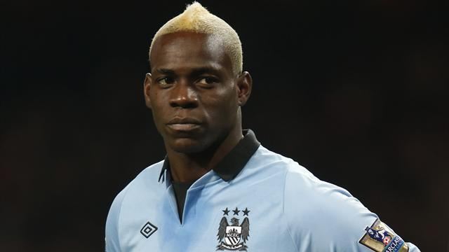 Premier League - Mancini praises departing Balotelli