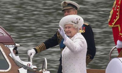 Crowds Cheer Queen On Thames Jubilee Pageant