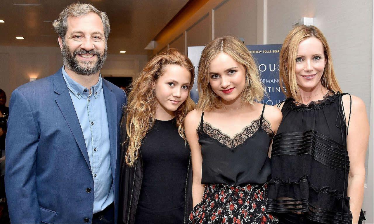 <p>八、馬蒂阿帕托(Maude Apatow):她曾在父親賈德阿帕托執導的《好孕臨門》和《40惑不惑?》中登場亮相,並在後者中飾演親生母親萊絲里曼恩的女兒;但到了2018年,她則將飛離雙親的羽翼。這位現年十九歲的女星接下來將和阿薩巴特菲爾德聯手演出《The House of Tomorrow》,而在《龐氏騙局》編劇山姆李文森(Sam Levinson)的新片《暗殺國度》Assassination Nation中,她也將跟蘇琪沃特豪斯和比爾史柯斯嘉同場飆戲。 </p>