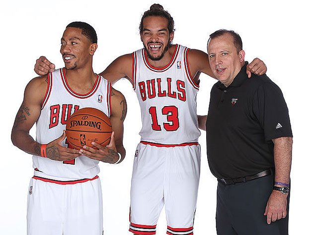 Derrick Rose, Joakim Noah and Tom Thibodeau in different times. (Getty Images)