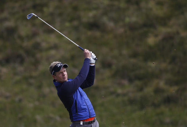 Rory blown away on home turf, risks early exit at Irish Open