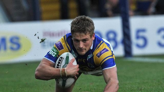 Rugby League - Leeds duo head to Wakefield