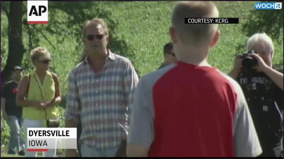 Cast, Fans Gather Again At Field Of Dreams