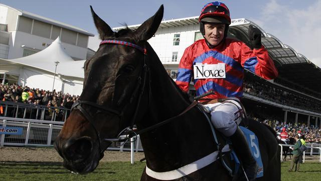 Horse Racing - Scintillating Sprinter Sacre lands Queen Mother Champion Chase