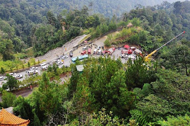 Express bus plunges down Genting ravine, death toll now at 37