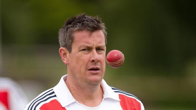 Cricket - Giles considers England changes