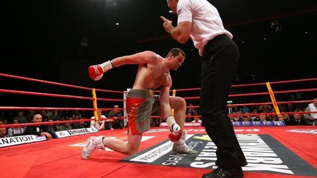Boxing - Maloney taken ill after Price suffers first defeat