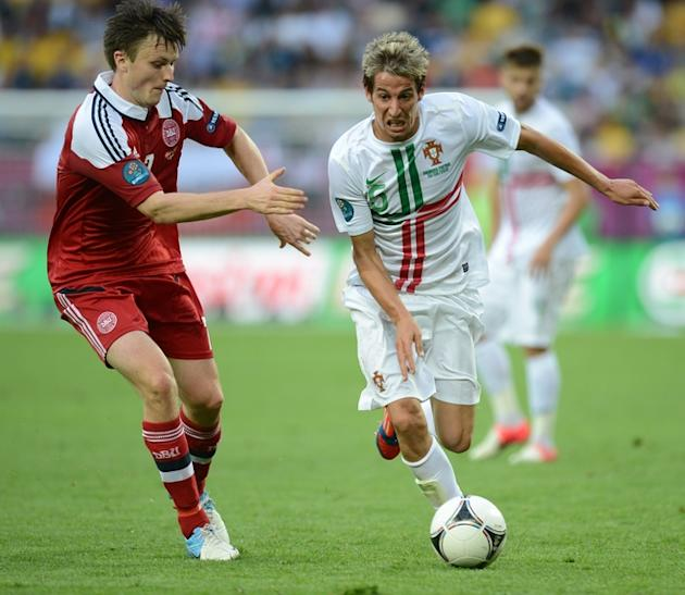 Portuguese Defender Fabio Coentrao (R) Vies AFP/Getty Images