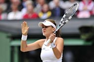 Polish third seed Agnieszka Radwanska was defeated by Serena Williams 6-1, 5-7, 6-2 in a dramatic Wimbledon final. Radwanska had Serena on the ropes before the sixth seed finally recovered her composure to reclaim the Venus Rosewater Dish