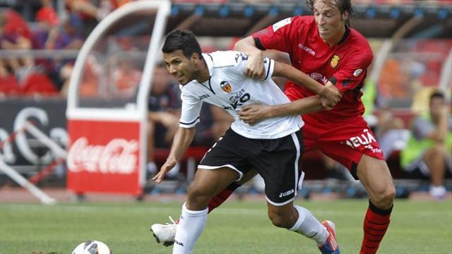 Liga - 10-man Valencia beat Mallorca and go fifth