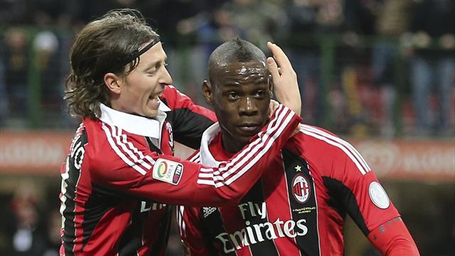Italian Serie A - Balotelli strikes twice to lead Milan to win
