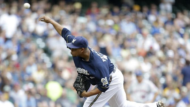 Peralta wins 12th as Brewers top Mets 5-2