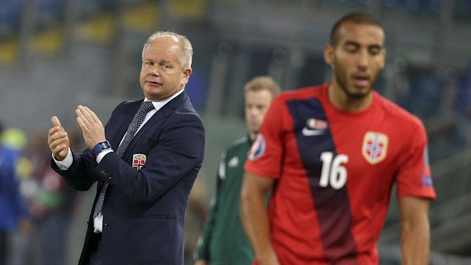 Norway's coach Per-Mathias Hogmo reacts during their Euro 2016 group H qualifying soccer match against Italy at the Olympic Stadium in Rome