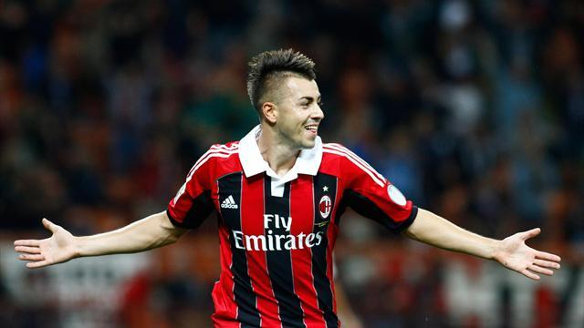 Serie A - Milan fightback claims spoils at Napoli