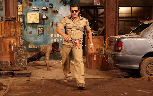 Source:https://cricket.yahoo.com/photos/dabangg-2-isn-t-same-as-dabangg-slideshow/movie-stills-dabangg-2-photo-1798484737.html