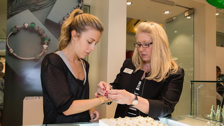 Ashley Wagner Visits Alderwood Mall PANDORA Store