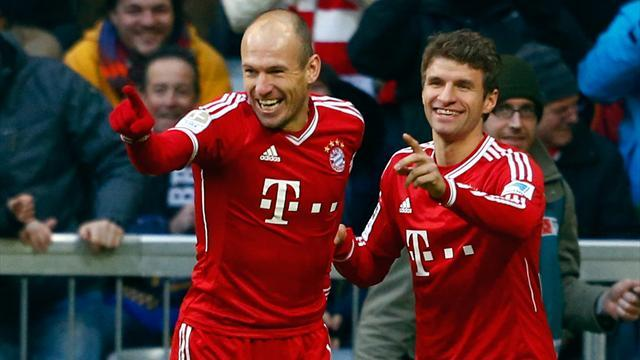 Bundesliga - Bayern go ten clear with win over Moenchengladbach