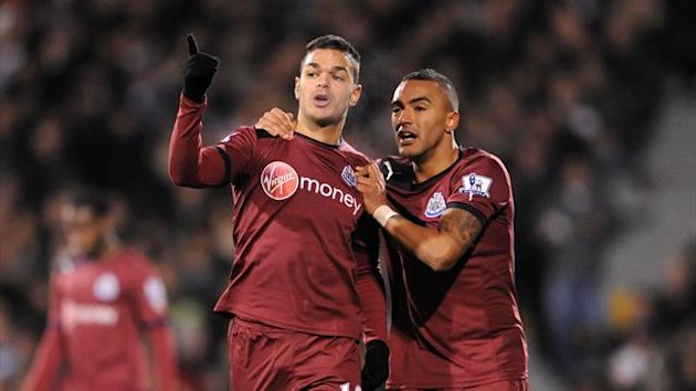 Hatem Ben Arfa celebrates his goal against Fulham