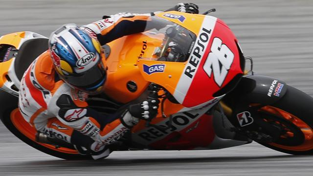 Motorcycling - Pedrosa snatches pole from Lorenzo