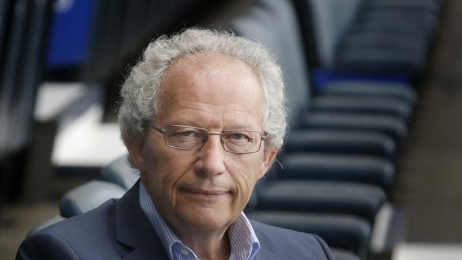 Soccer - Henry McLeish Photocall - Hampden Park