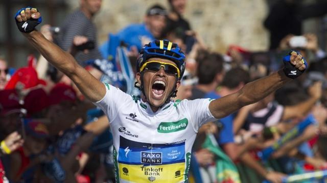Contador solos to stage 17 win and Vuelta lead