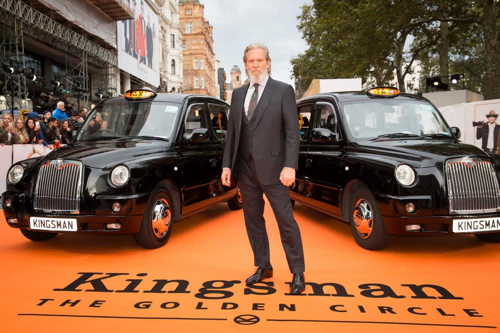 <p>在倫敦首映現場上,兩台計程車並排迎接金士曼與仕特曼的大駕光臨。(圖:傑夫布里吉) </p>