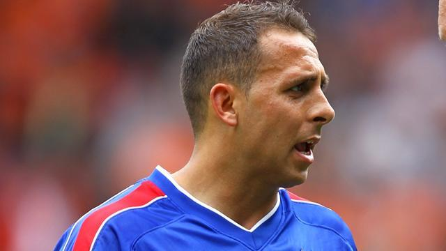 Championship - Chopra makes Blackpool switch