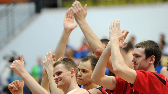 Lietuvos Rytas's Players AFP/Getty Images