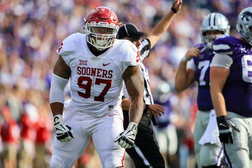 Oklahoma defensive tackle chose to leave school rather than risk further injury and jeopardize his NFL future. (AP)