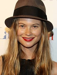 Behati Prinsloo's apartment flooded by Sandy