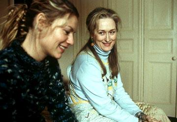 Claire Danes as Julia and Meryl Streep as Clarissa in Paramount Pictures and Miramax Films' The Hours