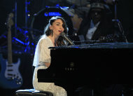 Sara Bareilles performs after the induction of late Laura Nyro into the Rock and Roll Hall of Fame Saturday, April 14, 2012, in Cleveland. (AP Photo/Tony Dejak)