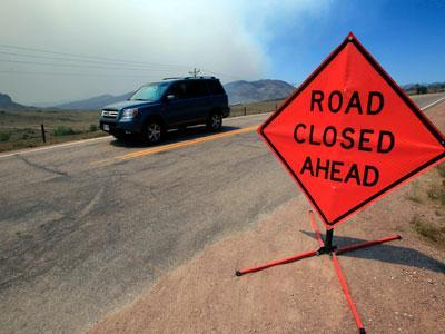 Crews cede ground to northern Colorado wildfire