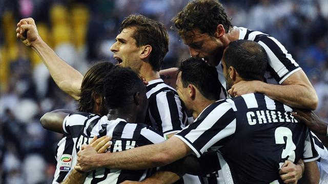 Serie A - Llorente brace keeps Juve on course for title