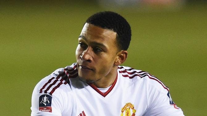 RUMORS: Depay heads list of Man Utd stars set for exit