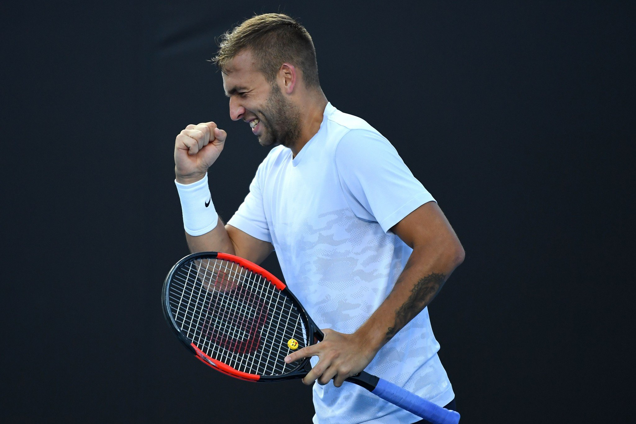Dan Evans beat Marin Cilic in four sets