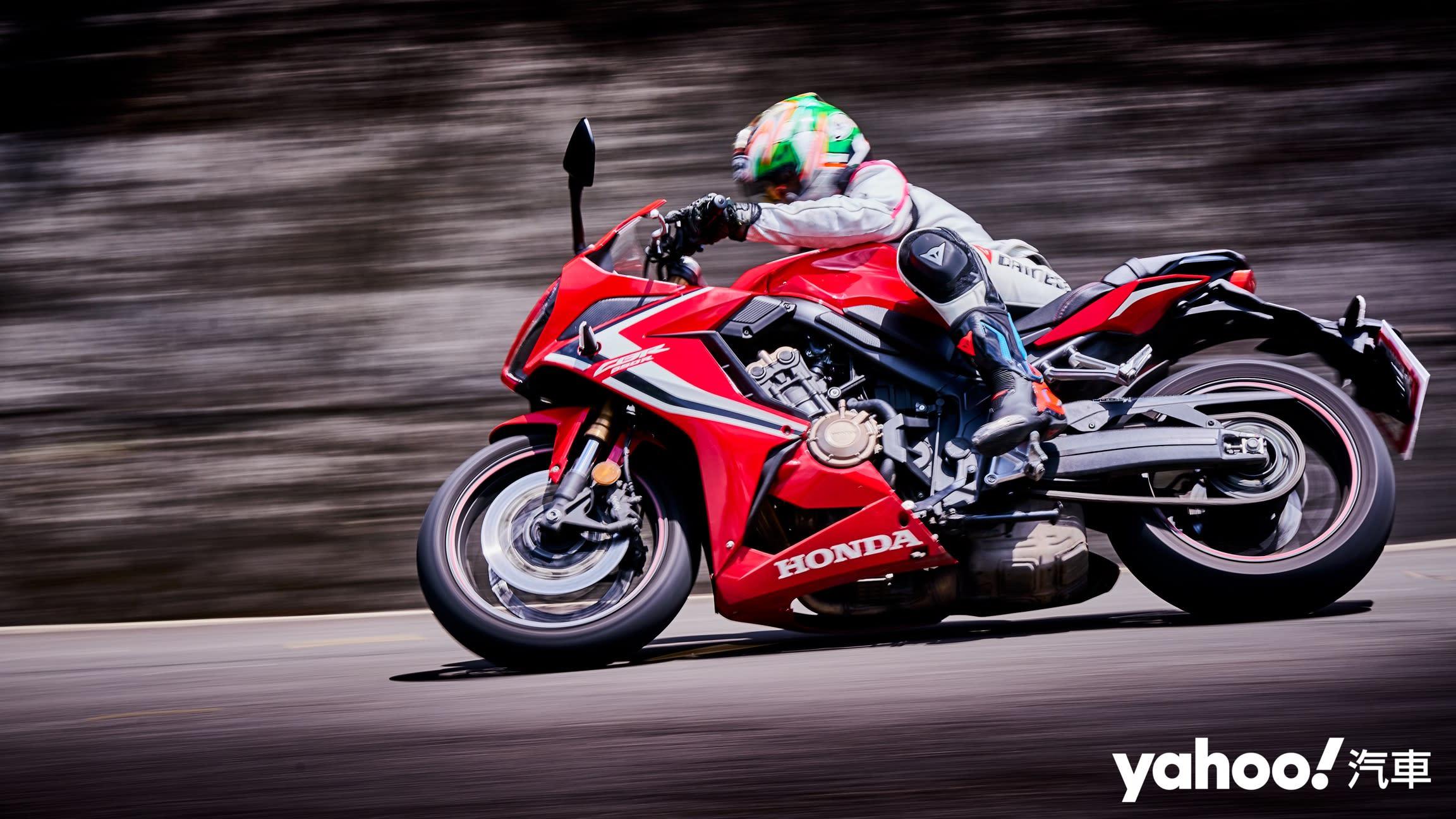 【新車圖輯】收放自如的親切「準」熱血仿賽!2020 Honda CBR650R新北市郊山區試駕!