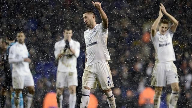 Premier League - Dempsey happy with contribution